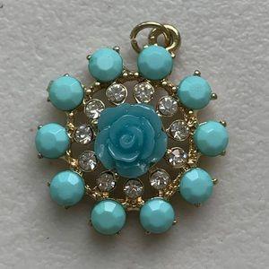 NWOT Turqoise pendant
